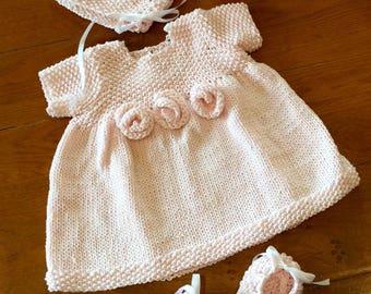 Seed Stitch Baby Bonnet Knitting Pattern PDF