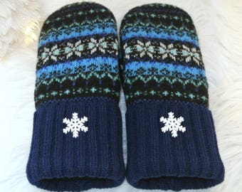 Fair Isle Blue & Black Snowflake 100% Wool Women's Recycled Sweater Mittens