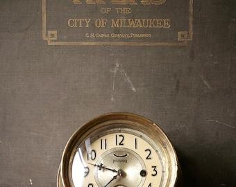 Vintage Ingraham Brass Ships Clock - Great Nautical Decor