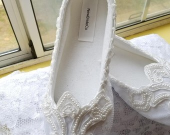 White Pearls Wedding Flats, Size 8 Ready to Ship, Satin & lace Vegan Shoes trimmed with lace, pearls,Off White, White, Non Slip Slippers