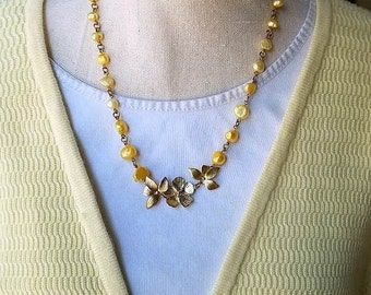 beaded chain necklace, beaded necklace, pearl necklace, pearl jewelry, freshwater pearls necklace, yellow necklace, gold flower necklace