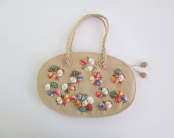 Amazing Vintage 1940s 40s Raffia Purse Handbag with Colorful Shell Embellishement and Pom Pom -Deadstock/Nos- Novelty-Souvenir-Made in Japan