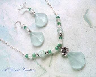 Beaded Jewelry Pastel Sea Glass Jewelry Set Green Shell Sea Glass Pendant Jewelry Beach Glass Summer Fashion Jewelry Women's Gift for Her