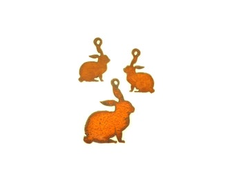 Bunny Rabbit Rusty Metal Pendant/Charm And Earrings 3-Piece Set