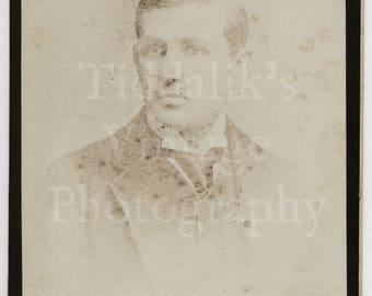 CDV Carte de Visite Photo Victorian Young Handome Man Fading Portrait - Year & Son of Clapham Road England - Antique Photograph