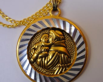 Vintage St. Anthony Medal on Gold tone chain with card