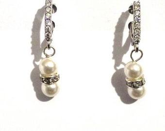 pearl earrings, wedding earring, earrings, dangle earrings, white earrings,crystal earrings, bridesmaid earrings, cz earrings