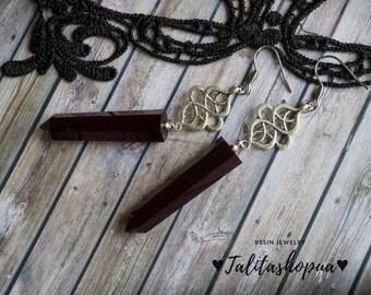 Dark red long gothic resin earrings - Victorian goth - Pendulums earrings - Unusual earrings - Handmade earrings - Geometric earrings
