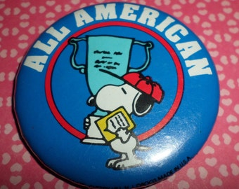 Peanuts Snoopy All American Pinback Pin Button Vintage 70's SPORTS