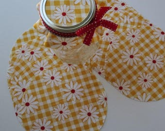 """5.5"""" Cotton Circles """"Gingham Girls"""" Jam Jar Covers Gift Jar Toppers  Handmade Set of 12 Covers   Daisy 1-1/4"""" on Medium 1/4"""" Yellow Gingham"""