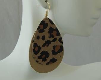 Animal print leather earrings with earwires, boho chic earrings, handmade jewelry, tear drop shape, summer jewelry, leopard print leather