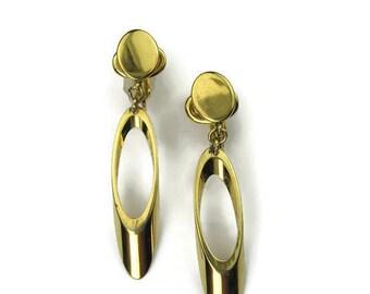 Vintage Crown Trifari Drop Earrings