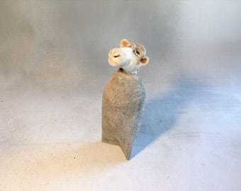 Cow,bovine,animal,farm,barnyard,ceramic,sculpture,clay