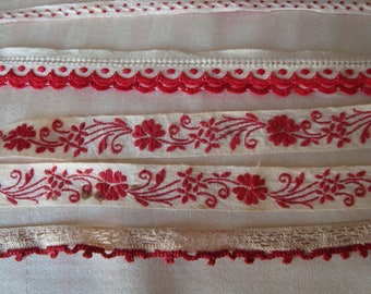 LOT OF SEWING, RIBBON COLORS RED AND WHITE DESIGNS