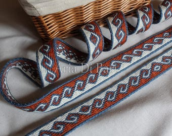 Tablet weaving trim, kivrim pattern, viking, medieval, reenactment, sca, larp