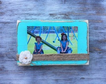 Choose your color! 4x6 Distressed Frame, Canvas Flower, Wood Block Frame, Rustic Frame, Horizontal Photo, Twine