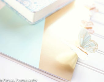 Gold Blog Images, Goldleaf and mint stock photography