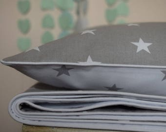 NEW 100% COTTON Children's single Bed Duvet Cover Set Grey & White white piping Simply Grey Stars
