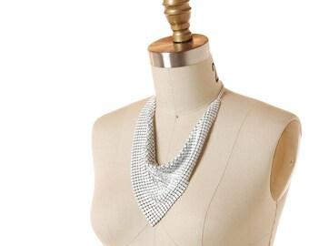 Vintage White Metal Mesh Bib Necklace / 1970s Disco Cowl Scarf Necklace / 70s Retro White Enamel Chainmail Statement Necklace