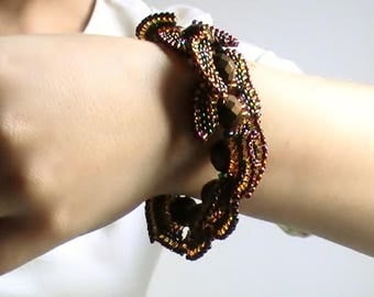Brown Butterfly with large faceted Beads Bracelet