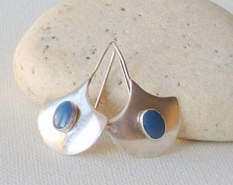 Sterling Silver Blue Stone Earrings Pierced Shield Earrings, Vintage Genuine Jewelry 925 Geometric Dangle Modernist Vintage Fan Earrings 925