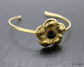 Gold Flower, black agate stone Bangle Bracelet