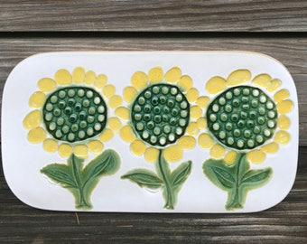 Benington Potters NWT Vintage 3 Sunflowers Trivet or Plaque