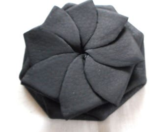 BLACK  MATTE  Genuine Leather Handmade Old Vintage Petal Style Pull or Squeeze Coin Purse