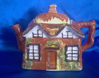 Price and Kensington Cottage Ware Tea Pot, Hand Painted, English (E)