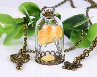 Gorgeous yellow rose necklace!