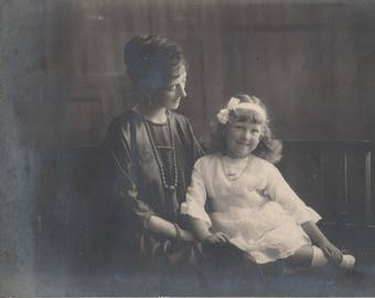 FREE POST - Old Postcard - Women and Child - Real Photo Postcard 1910s  - Vintage Postcard - Unused