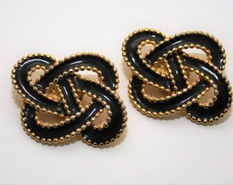 Black and Gold Shoe Clips by Bluette French Knot