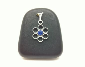 Flower pendant made of 925 sterling silver and Lapis Lazuli entirely by hand