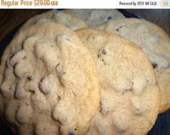 ON SALE: Classic Homemade Chocolate Chip Cookies (3 Dozen)