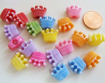 20 perles Couronne 13mm Acrylique MIX COULEURS RES-44 Création bijoux