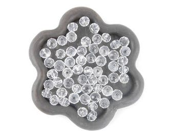 x 40 beads faceted clear 4mm (23)