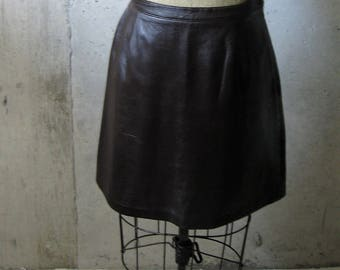 Vintage Leather Skirt Chocolate Brown Side Zipper Button Closure Darts Lined Soft Lizsport