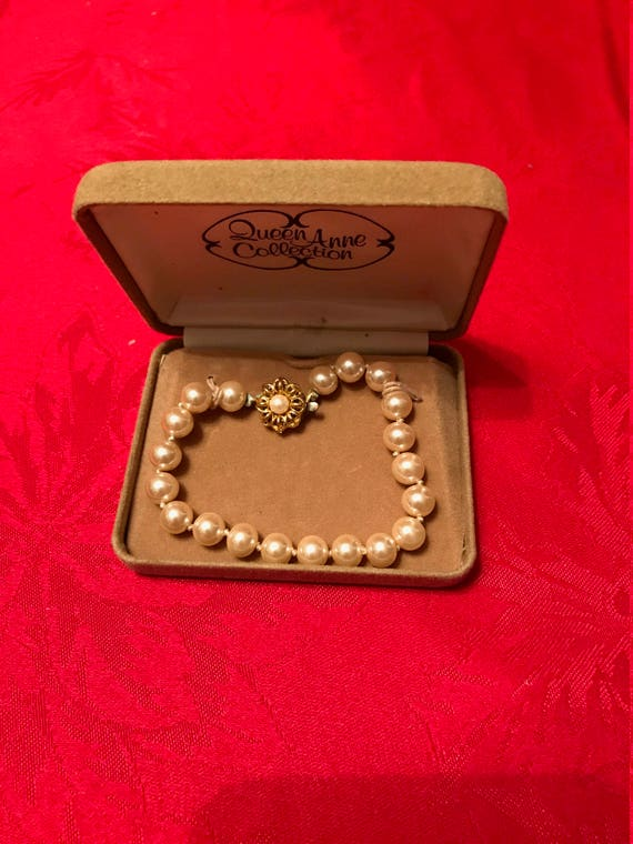Queen Anne Collection Simulated Cultured Pearl Bracelet with Box
