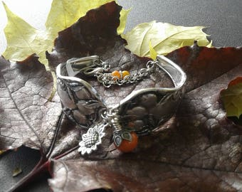 Bracelet w/ Sunkist Citrus Pattern
