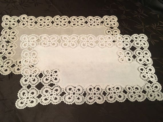 Natural Linen Doily Crochet White Beige Handmade Vintage Lace Table Runner Doily Table Centerpiece Tablecloth Gift for Mom Mothers day gift