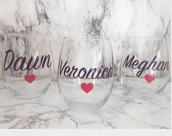 SET OF 6, Custom wine glass, Bridal shower gift, maid of honor gift, Bridal gift, custom bridal gift,personalized wine glass, bridesmaid cup