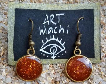handmade resin earrings, made with real curry from india and indian wind blow, earrings, handmade, resin, natural, spice, curry powder