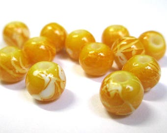 10 white, camel glass 8mm (H-39) beads