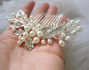 Bridal pearl comb, white pearl  hair comb, wedding ivory comb, pearl comb, bridal comb, bridal hair accessory