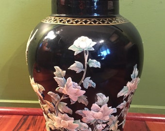 Chinese Mother of Pearl Black Porcelain Vase/Large Chinese Porcelain Imperial Style Jar with Lid/Chinese Decorative Vase/Oriental Furnishing