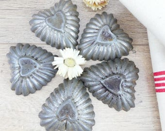 Molds cake - hearts - molds iron - old small molds - molds cookie - french Madeleine - moulds