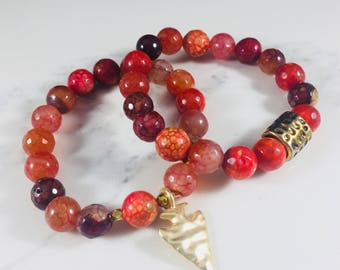 """SALE! Set of 2 """"Lia"""" agate beaded bracelets with gold arrowhead charm // Fast and free shipping"""