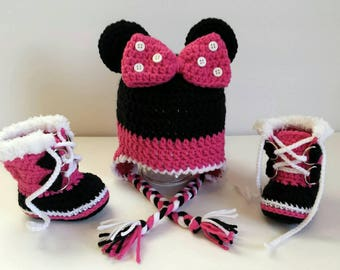 Handmade Crocheted Minnie Mouse Earflap Hat & Sorels, Baby Girl, Baby Photo Prop, Costume