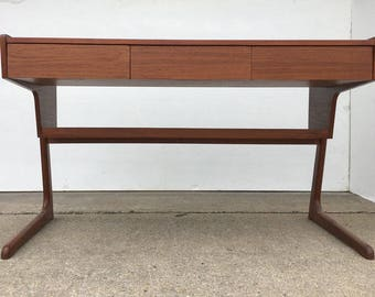 Unique Mid Century Modern Desk