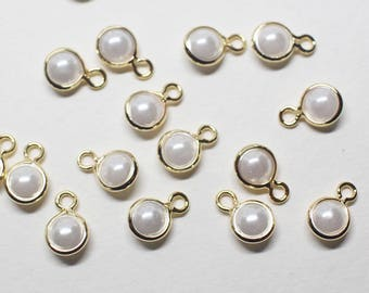 P0778/Anti-tarnished Gold Plating Over Brass+Acryl Pearl/Small Framed Pearl Pendant/4mm(without ring)/10pcs